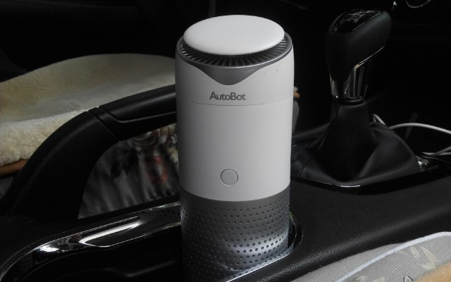 """一个""""水杯""""就能净化车房,车车智能车载净化器体验"""
