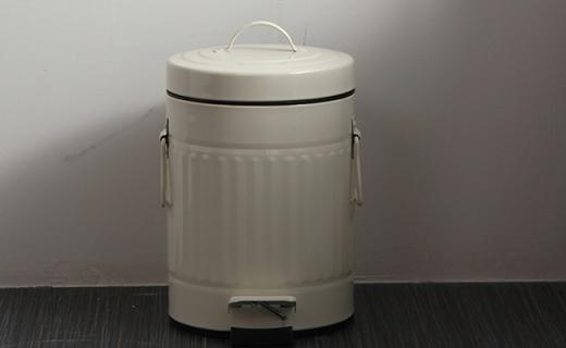 欧润哲罗马纹垃圾桶:3L大容量防渗水防臭,静音脚踏开合不脏手