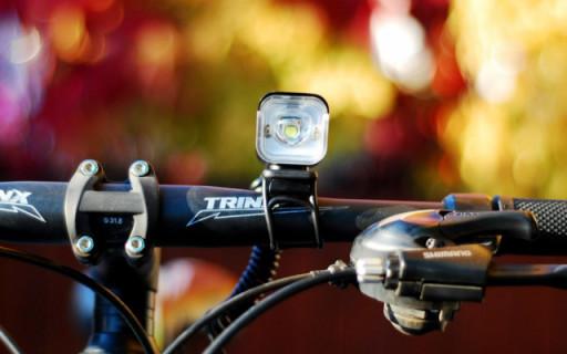 在黑夜中畅快骑行的安全感,NEXTORCH B20骑行车灯测评