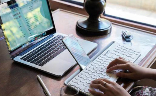 做工精致手感清脆,美女爱上啪啪啪,米物无线蓝牙双模键盘体验