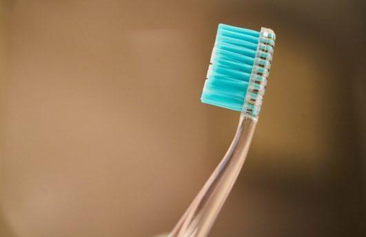 6秒就能刷完牙!懶癌最愛的牙刷來了,就是造型有點羞羞…