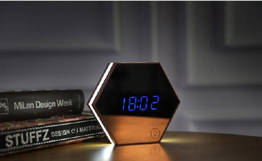 刻度创意创意闹钟:六角形状可测量温度,浮空数显科技感十足