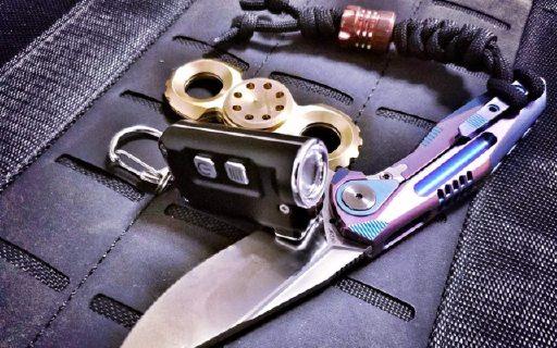 汽车钥匙大小的手电,防水抗摔我的EDC新宠 — 奈特科尔TINI迷你金属钥匙灯测评
