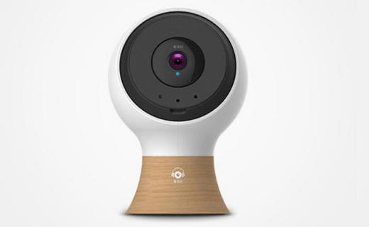 爱耳目智能摄像头:360°旋转监控,可实时对讲远程操控