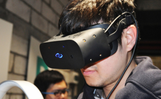 3 Glasses蓝珀S1 VR头盔:2K清晰画面,自配耳机沉浸视听体验