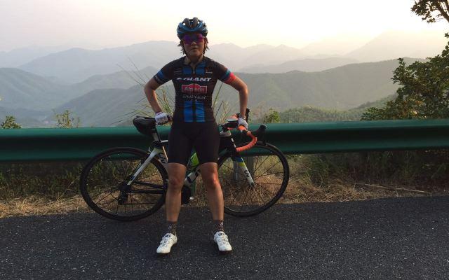 专业骑士夏日里的冰凉体验-dhb - Aeron Halterneck 女式背带骑行短裤