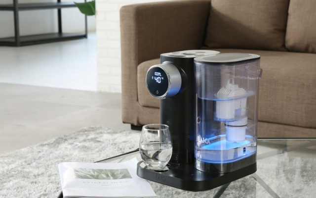 莱卡即热式饮水机