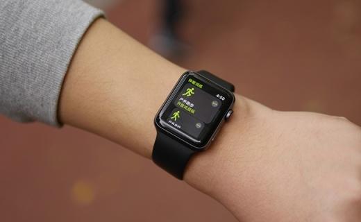 不用抱iPhone大腿了!能独立出去浪的第三代苹果手表,才是今年最有诚意新品