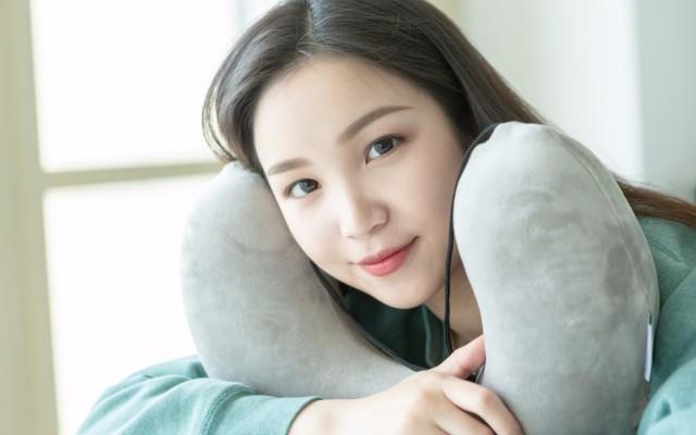 LOHATEX天然乳胶U型枕护颈枕