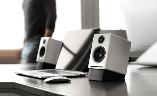 声擎A2+W音箱:木质箱体低音精准,集成高性能解码器和放大器