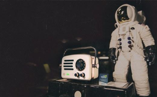 贈品比本體還萌!貓王推出旅行者2號太空版