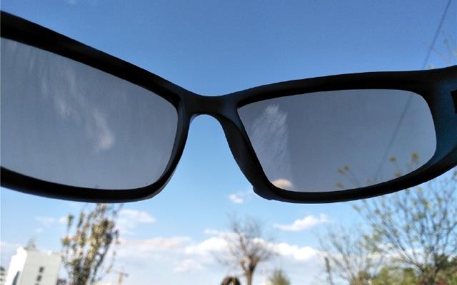 宽广视野、佩戴舒适让运动成为一?#36136;?#23578;,Curve曲线运动眼镜体验