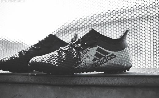 小场足球专用,阿迪新球鞋让你掌控力更强!