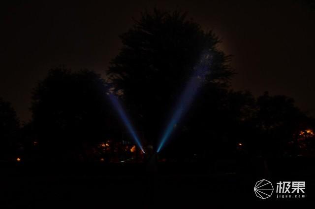掌握一束光明走进黑夜核心——我与NITECORE