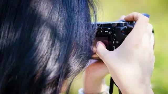 相机过时该换吗?从索尼A6500的5点提升谈起