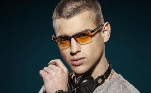 Hindar防辐射眼镜:+12屈光度,过滤不同方向有害光源