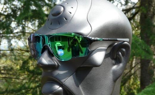 欧克利EVZero Path太阳镜:翡翠绿镀膜防UV蓝波,清晰还原不位移