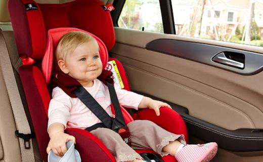 惠尔顿儿童安全座椅:纯棉透气又稳固,舒适安全出行