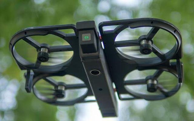 折叠放口袋,自拍新高度,iDol智能跟拍无人机体验