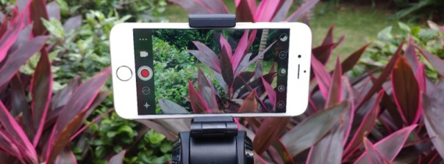 三轴稳定防抖,手机也能轻松拍出探险大片 — Snoppa M1 平衡杆体验 | 视频