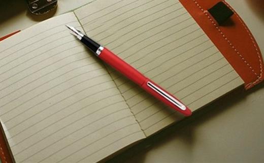 犀飞利VFM钢笔:磨砂材质不锈钢笔尖,书写顺滑流畅