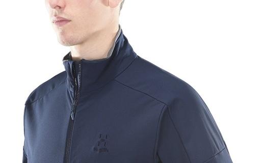 火柴棍60367软壳夹克:弹力面料保暖舒适,防泼水处理打理方便