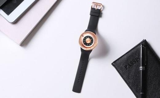 这个腕表品牌把国际设计大奖拿到手软,网红涨粉全靠它