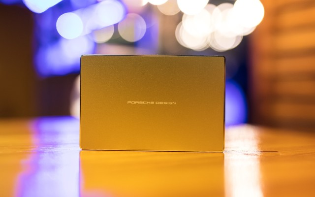 LaCie保时捷设计2TB移动硬盘体验,又快又安全稳定!
