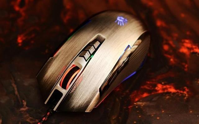 自定义鼠标快捷键6种狙击模式,FPS游戏首选 — 双飞燕血手幽灵P93游戏鼠标体验