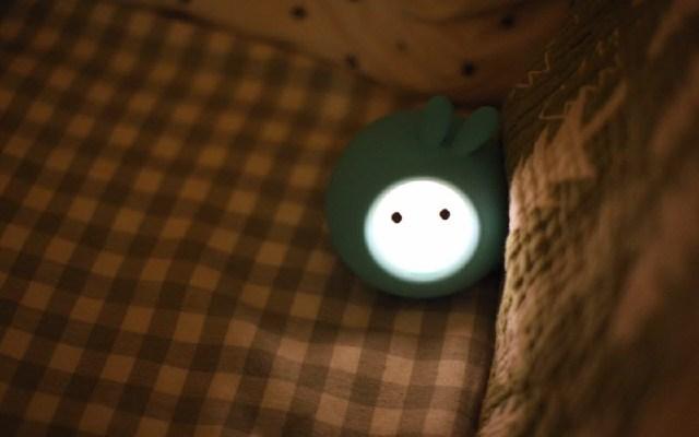 暗夜小精灵——小寻智能故事机