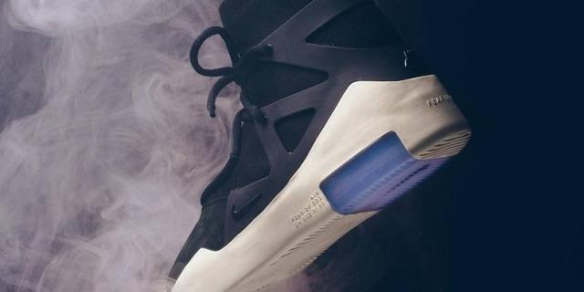 新一代鞋王 Air Fear of God 1預售,已被賣到1萬多!