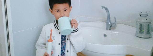 电动牙刷变玩具,宝宝从此爱上刷牙 — iite牙小白儿童电动牙刷S1体验