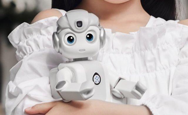 优必选悟空机器人