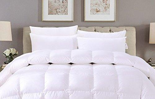 杜维雅鸭绒被:精选白鸭绒轻盈舒适,调温功能有效保温