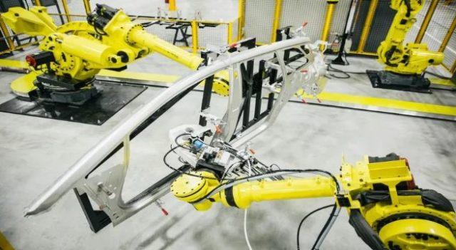 智东西晚报:国家6.2亿设机器人等专项 新能源车目录新增43款车型