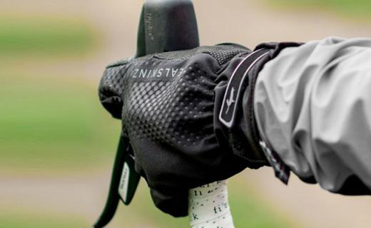 SealSkinz All Weather骑行手套:防水防寒又保暖,弹性面料更贴合