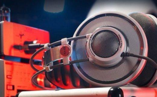 爱科技K701头戴式耳机:革命性扁线技术,卓越音质尽享聆听