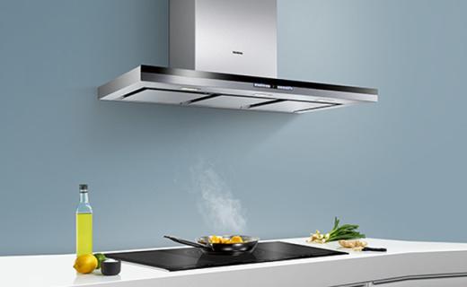 西门子烟灶套装:不锈钢面板欧式设计风,自动清洁方便快捷