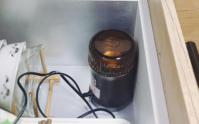 高颜值多功能研磨机,磨咖啡这种事其实很简单