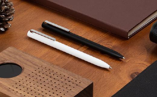小米杂货铺开卖签字笔,扭一扭出笔书写顺畅