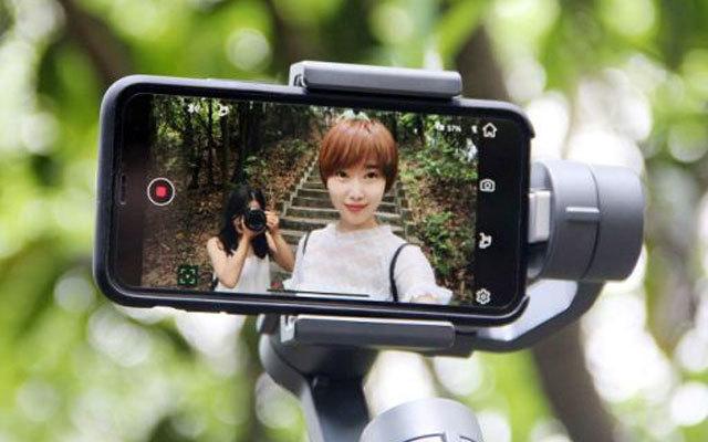 有了它,用手机随便就能拍大片,要什么单反 — DJI OSMO Mobile 2 体验