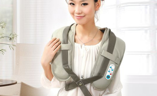 倍轻松颈椎按摩器:仿真人手捶打按摩,脖子不酸肩膀不疼