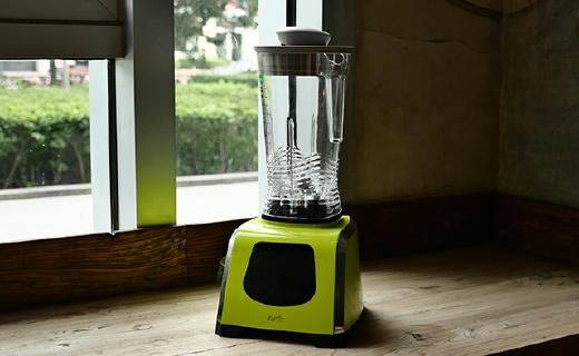 智能控温破壁机,三分钟搞定营养早餐