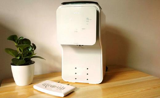 婴萌MilkingPro冲奶机 :根据奶粉类别分类冲奶更营养,可App一键操作