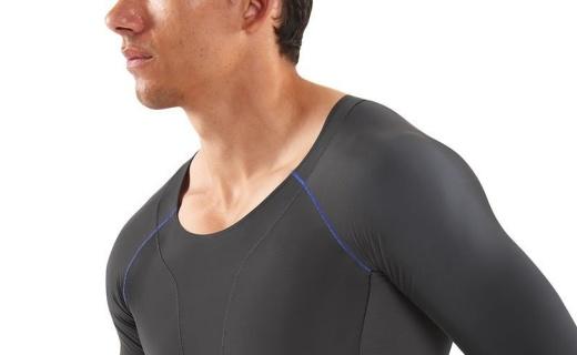 思金斯长袖压缩衣:人体工学设计,动态梯度压缩缓解肌肉酸痛