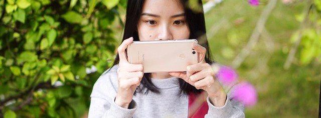 荣耀畅玩 7X:视角更广,千元级全面屏神机   视频