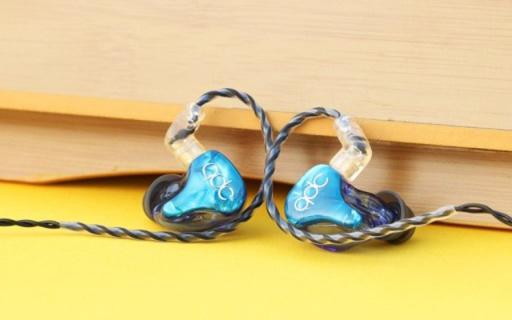 一款比蓝月亮还蓝的HiFi小鲜肉,QDC海王星动铁单元入耳式耳机评测