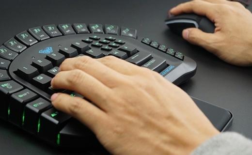单手操作的机械键盘,告别误操作帮你杀爆三路!