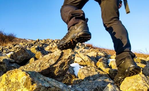 阿迪达斯(adidas)TERREX  SWIFT男士登山鞋