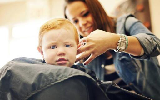 Philips新安怡儿童理发器:保护头皮不夹发,静音睡觉也能剃